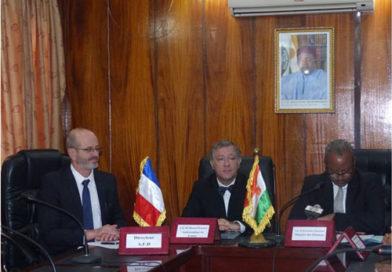 3,27 milliards de CFA en soutien de la France au Niger