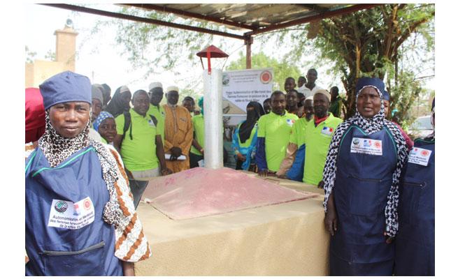 TILLABERI : Cérémonie de remise de four amélioré aux femmes fumeuses de poissons à Liboré