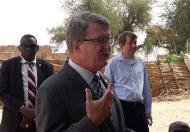 L'initiative REGIS–ER de l'USAID : le diplomate américain visite les villages de Dolé-wo et de Faré Hausa