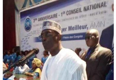 « Le combat politique n'a de sens que s'il conduit à la satisfaction des besoins des populations et à la consolidation de la Nation » a déclaré M. Oumarou Hamidou Ladan Tchiana, président du parti AMEN AMIN