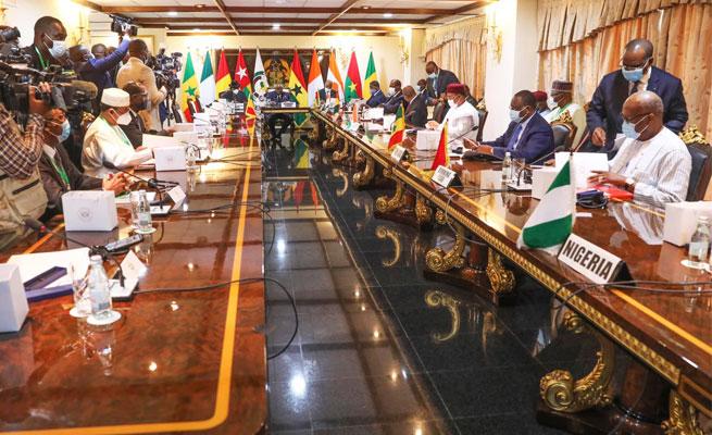 CEDEAO : Sommet sur le Mali à Accra en présence de SEM Issoufou Mahamadou